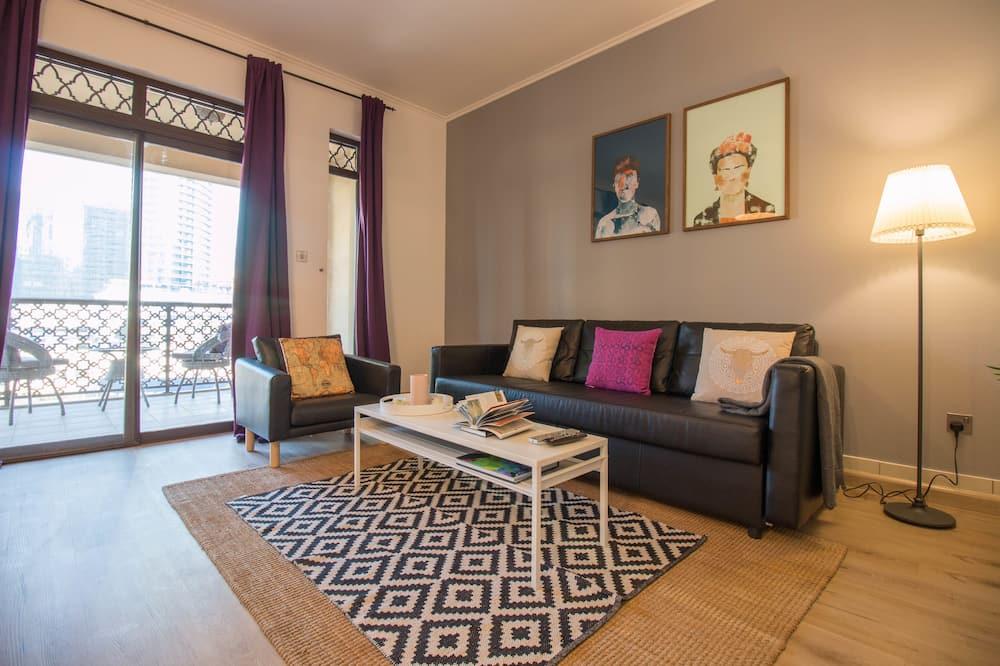Luxury Apartment, 1 Bedroom, City View - Living Area