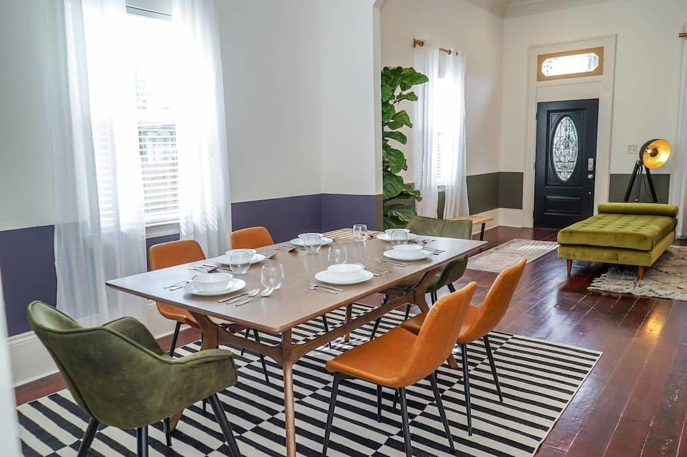 Obroci u sobi