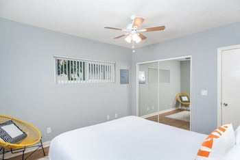 Picture of Quaint 1 BR Steps to PB by Domio in San Diego