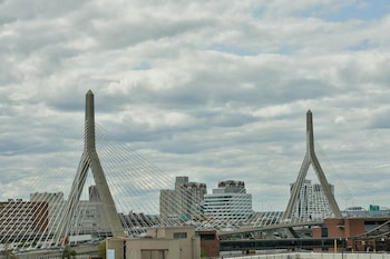 15 Closest Hotels to Charlestown Navy Yard in Boston