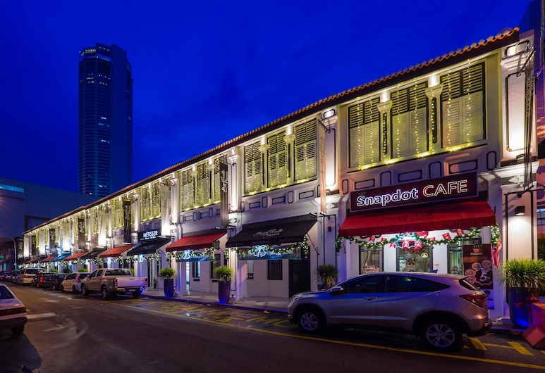 Ropewalk Piazza Hotel by PHC, George Town, Hotel Front – Evening/Night