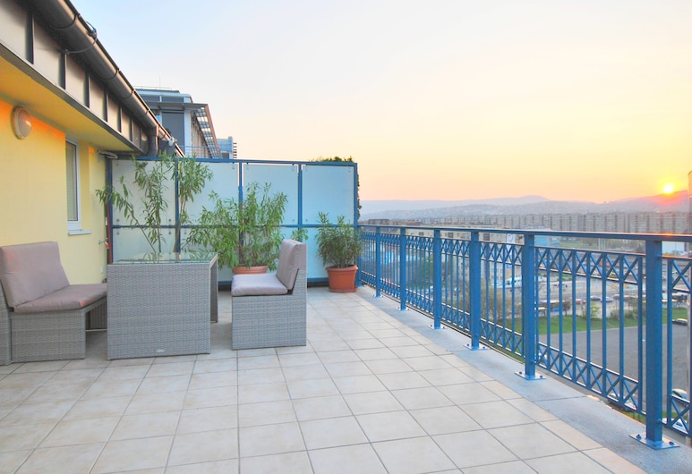 Arpad Bridge Apartments, Budapest, Penthouse Apartment, Terrass