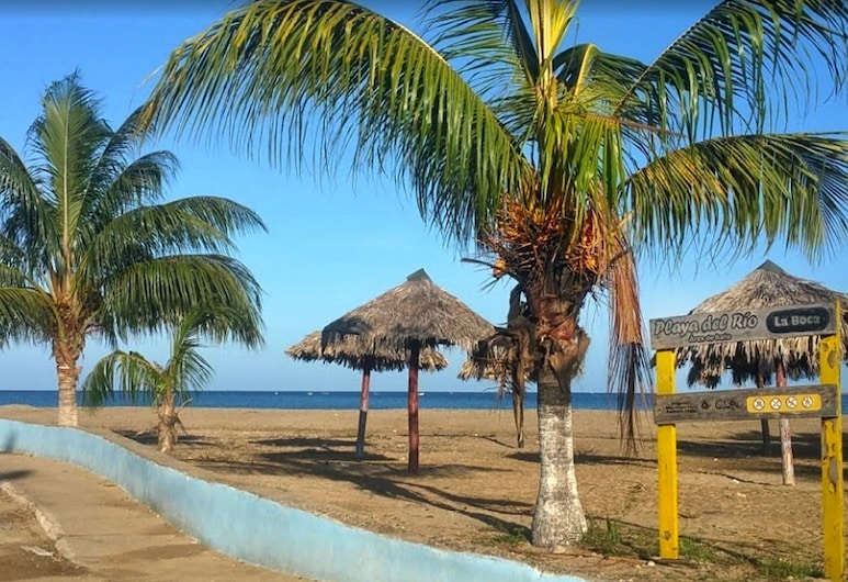 Hostal Zaira Kenia y Jorge Luis, Trinidad, Pláž