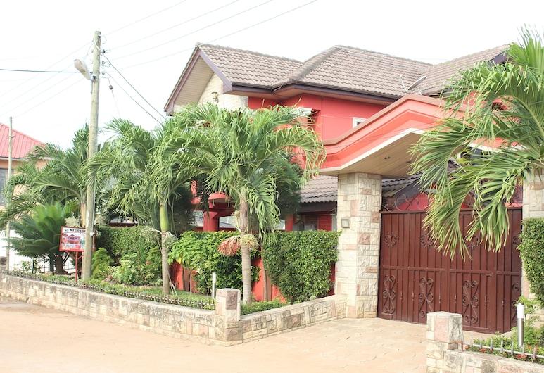 NEGO LODGE, Accra, Property entrance
