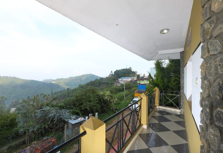 OYO 14277 Corner Stone Resort, Kodaikanal, Double or Twin Room, Balcony