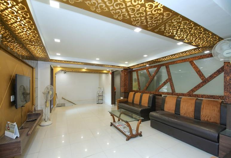 OYO 14465 Hotel Cozy Residency, Jabalpur, Lobby Sitting Area