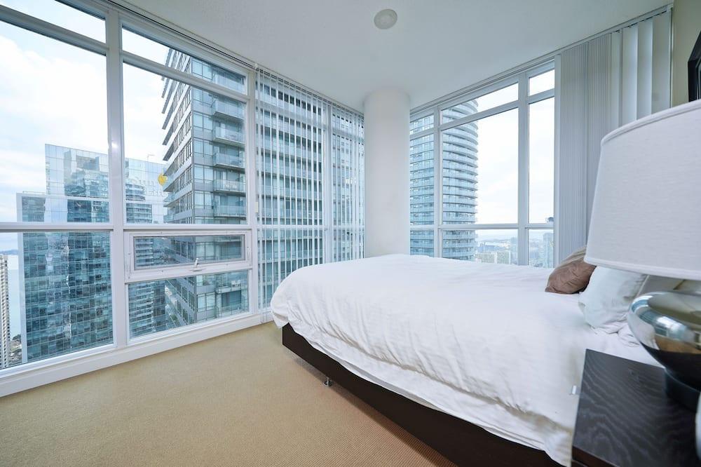 Квартира «Премьер», 2 спальни, вид на город - Главное изображение