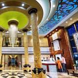 HOTEL ARJUNAA