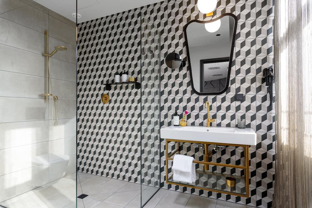 Superior Studio incl.free public transport ticket price level D & the suspension railway Wuppertal - Bathroom