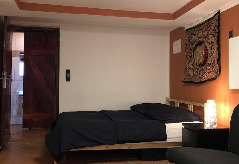 Rustic Apartments, Kaiserslautern, Apartment, Room