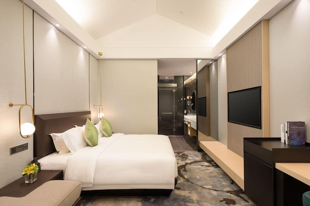 Executive Double Room(Free shuttle bus to exhibition hall  will be provided during the canton fair)  - Living Room