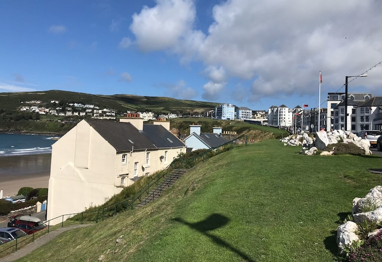 Falcon's Nest Self Catering Apartments, Port Erin, Lahan Properti