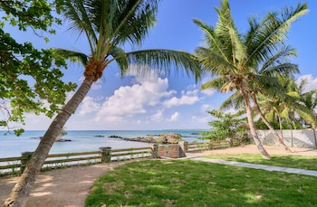 Picture of Les Estivales Beachfront by LOV in Pointe Aux Piments