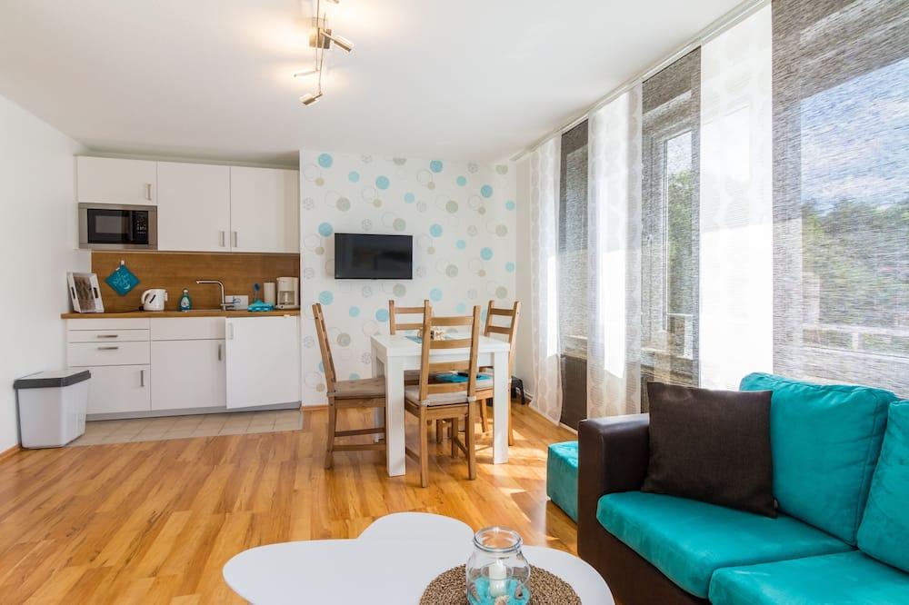 Apartment (incl. 50€ Cleaning Fee) - Tempat Makan dalam Bilik