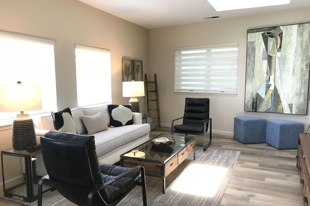 Luxury Suite, Kitchen - Living Room