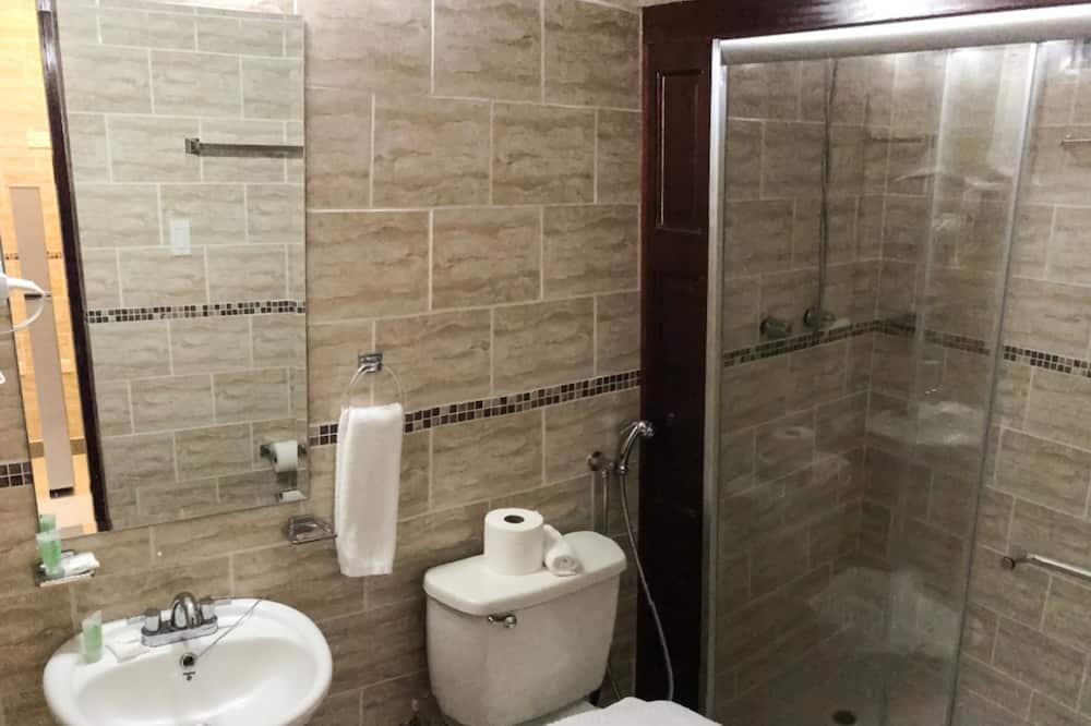 Deluxe-Doppelzimmer, 1 Queen-Bett, Nichtraucher - Badezimmer