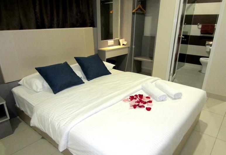 RG Grand Hotel, Batu Pahat, Superior Queen Room , Guest Room