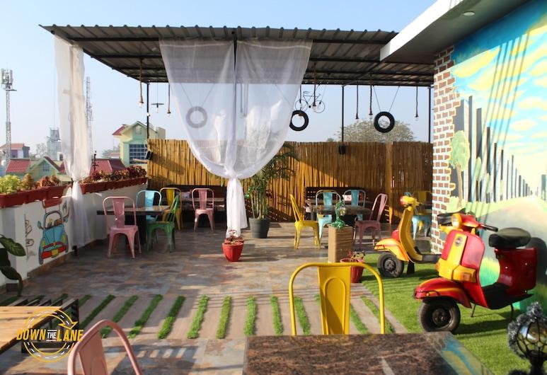 Krishna Residency, Bareilly, Нічний клуб