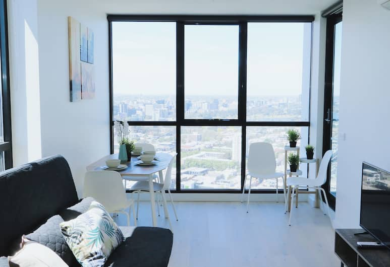 Crown Boutique S Collection, Southbank, Deluxe Apartment, 2 Bedrooms, Living Area