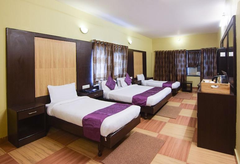Treebo Trend Select Varuna, Varanasi, Premium Room, 1 King Bed, Non Smoking, Guest Room