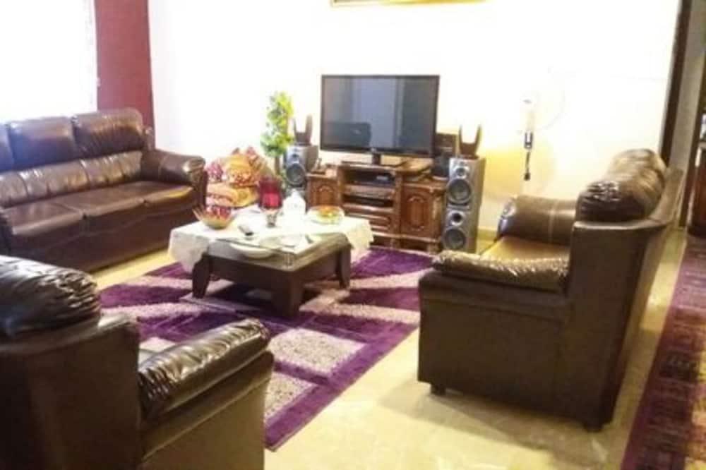 platinum guest house, Karachi