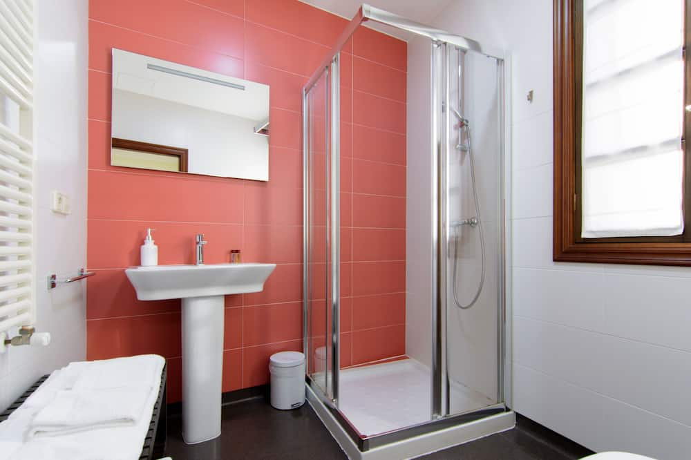Camera con letto matrimoniale o 2 letti singoli - Bagno