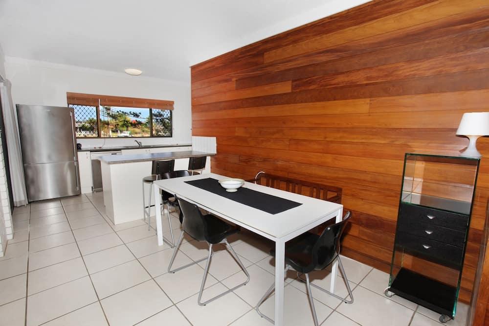 Standard-Apartment, 2Schlafzimmer - Essbereich im Zimmer