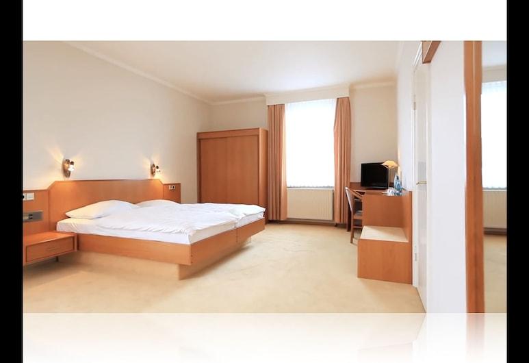 Hotel Royal Elmshorn, Elmshorn, Habitación triple, Habitación