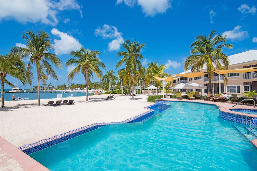 7 Up Condo by Cayman Vacation