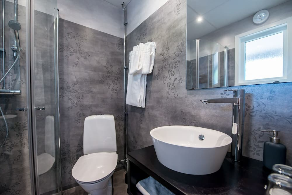 Habitación familiar con 2 camas individuales, Varias camas, para no fumadores, baño privado - Baño