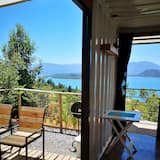 Panoramic Apartment, 1 Queen Bed, Smoking, Private Bathroom - Lake View