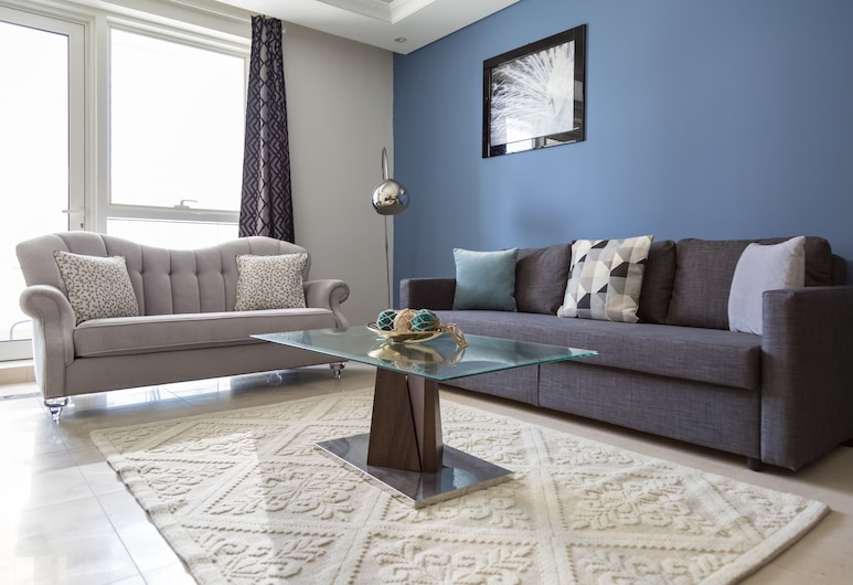 HiGuests Vacation Homes - Mon Reve, Dubai, City Apartment, 2 Bedrooms, Living Area