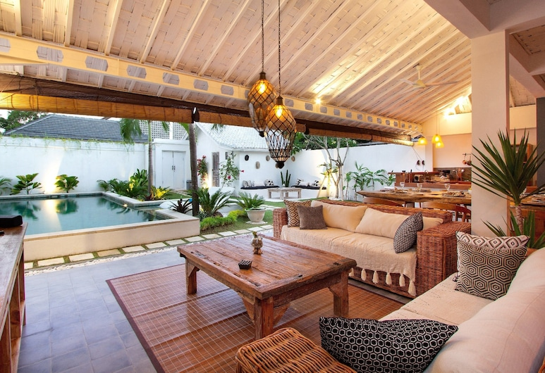 Villa Ibiza, Seminyak, Villa, 3 Bedrooms, Living Area
