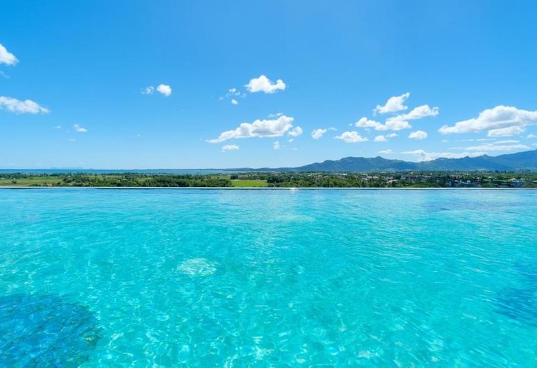 Nalagi Hotel, Nadi, Infinity-Pool