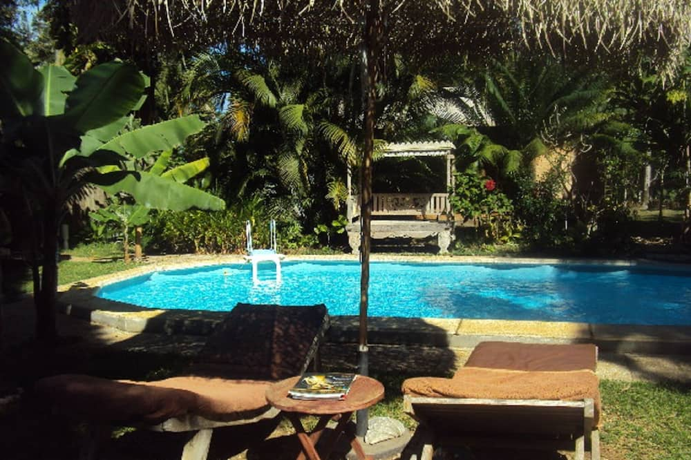 Tropical Bungalow, swimming pool view - Guest Room View