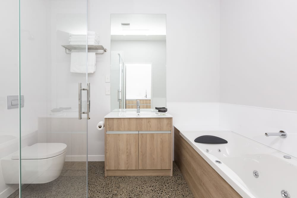 Premium studio suite, 1 kingsize bed, bubbelbad - Badkamer