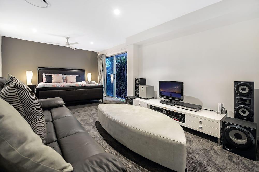 Nhà Elite, 5 phòng ngủ, Quang cảnh hồ - Phòng khách