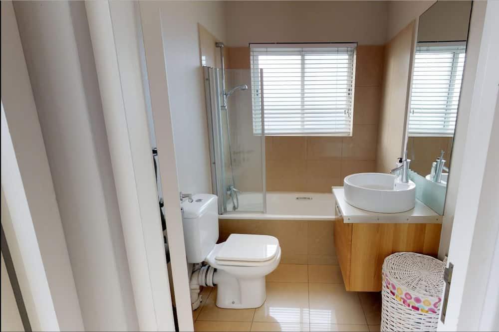 Apartemen, 2 Tempat Tidur Double, non-smoking - Kamar mandi