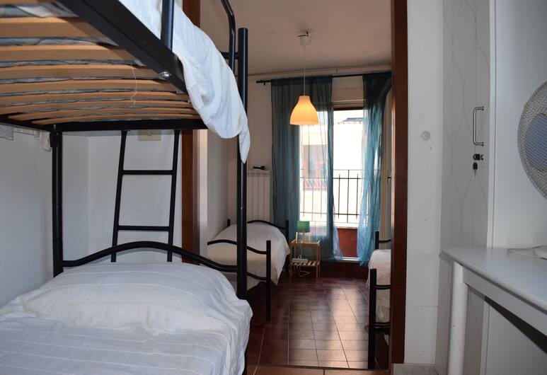 Bar dell'Artista Hostel, Rom, Standard Shared Dormitory, Women only, Shared Bathroom, Bilik Tamu