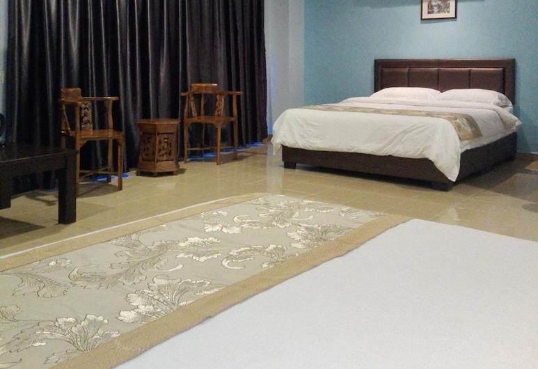Tiong Hua Hotel, Johor Bahru, Family Room, Guest Room