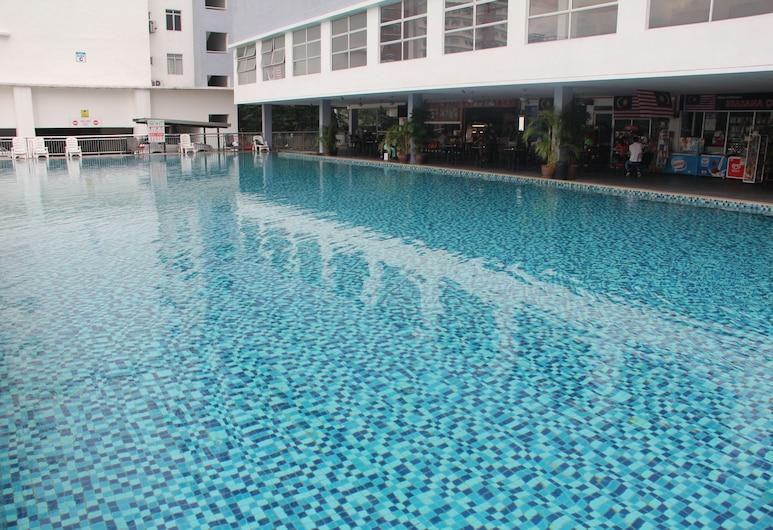 Kuala Lumpur Condo for Max 10 pax, Kuala Lumpur, Outdoor Pool