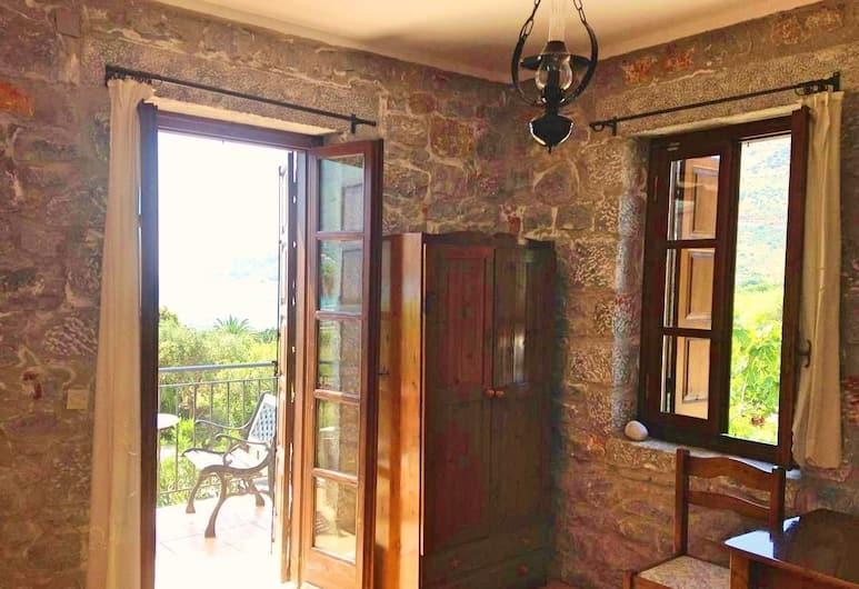 LAS Giannakakou traditional stone houses, Ida-Mani, Traditional kahetuba, 1 lai voodi, suitsetamine keelatud, Tuba