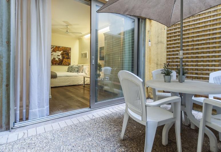 ألترهوم أبارتامينتو بويرتا ديل سول 2, مدريد, شقة - غرفتا نوم, تِراس/ فناء مرصوف