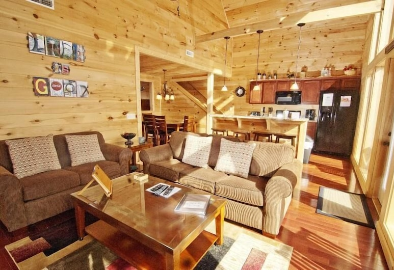 Life Is Good - 3 Bedrooms, 3 Baths, Sleeps 12 Home, Pigeon Forge, Cabin, 3 phòng ngủ, Khu phòng khách