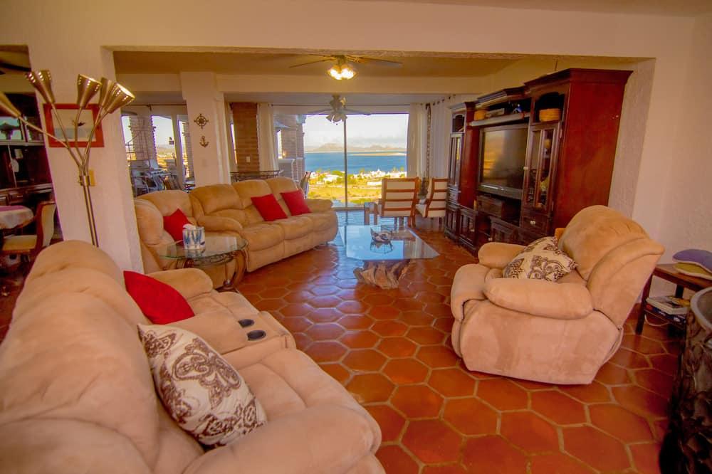 アパートメント 3 ベッドルーム 浴槽 (Caracol Peninsula 320) - リビング エリア