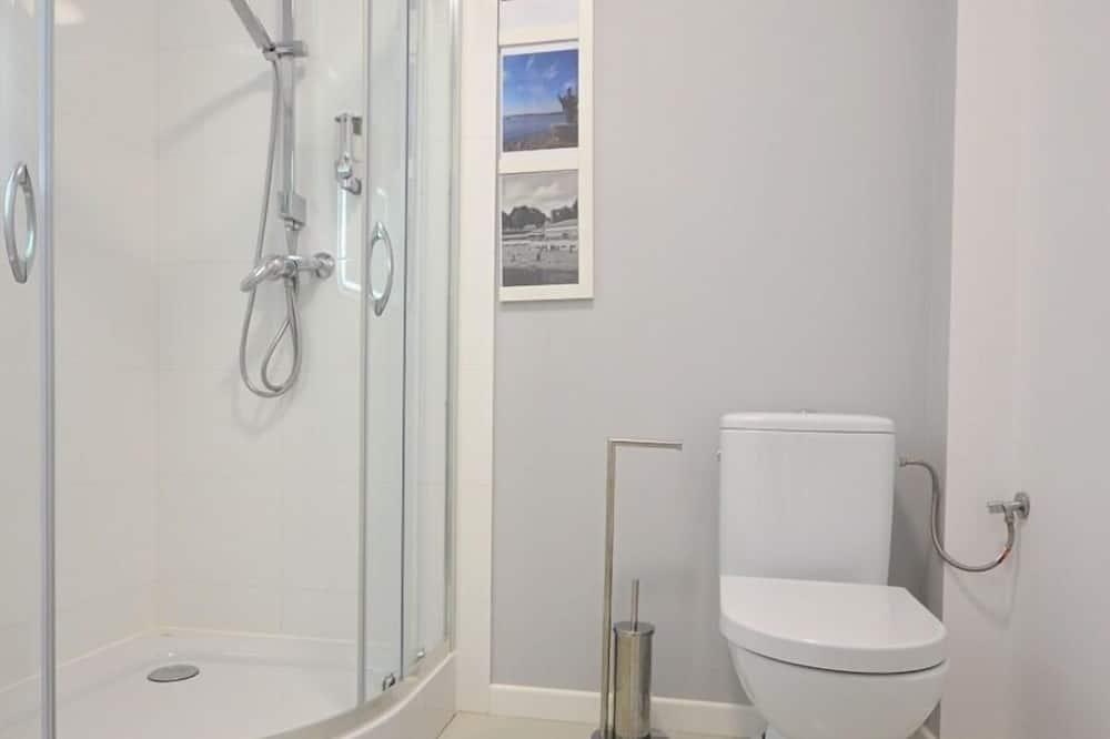 コンフォート アパートメント 1 ベッドルーム 簡易キッチン レイクビュー (Apartament C) - バスルーム