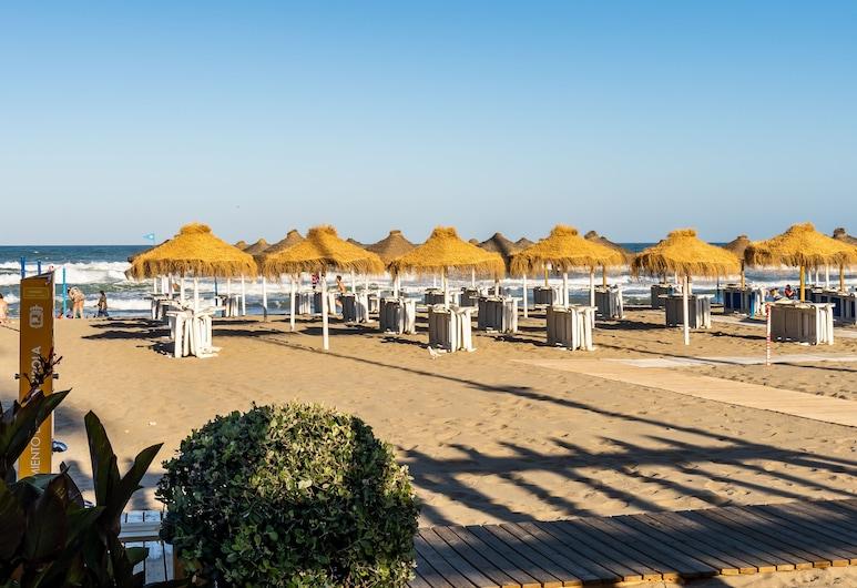 Sur Suites Pauli, Fuengirola, Beach