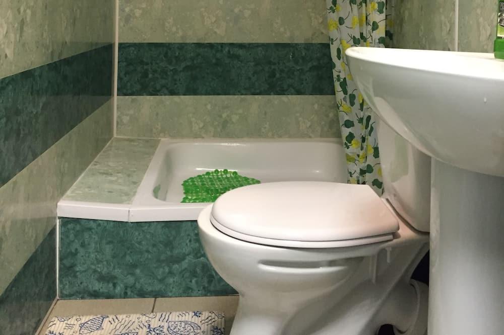 Dormitório Partilhado, Vários Quartos (Bed in 8-Bed Room) - Casa de banho