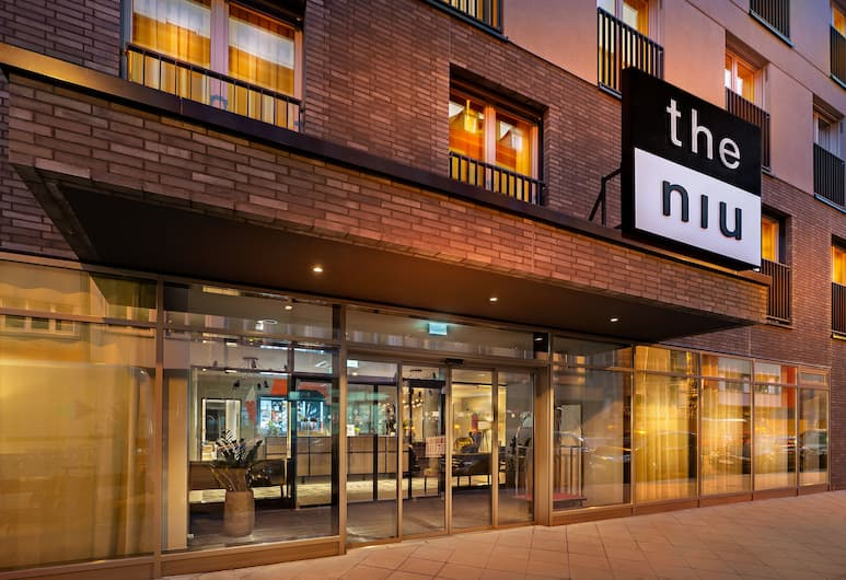 the niu Charly, Frankfurt, Hotel Front