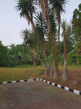 Picture of Hotel Cisarua Indah in Cisarua